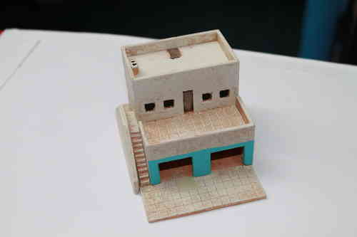 15mm middle eastern building with with shops and flat