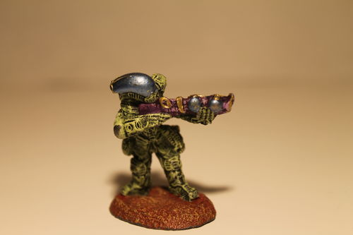 25/28mm Bio-Mech Warrior with Mk  II Bio rifle